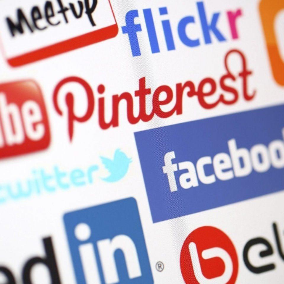 social media-مواقع التواصل الاجتماعى-التسويق الالكترونى